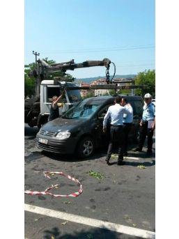 Zonguldak'ta Kamyonet Yola Düştü: 9 Yaralı