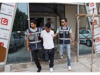 Kocaeli'de Telefon Dolandırıcısı Suçüstü Yakalandı