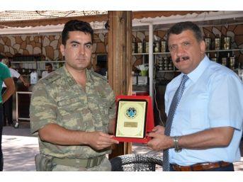 Battalgazi İlçe Jandarma Komutanına Veda Yemeği