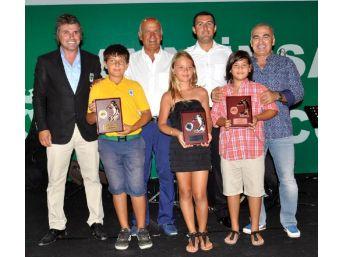 Golf Tutkunları Ödül Töreninde Bora Gencer Ile Coştu