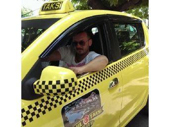 Ambulans Taksi Ile Çarpıştı: 2 Yaralı (2)
