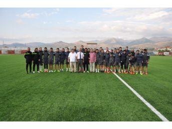 Kaymakam Arıcan Sandıklıspor Teknik Heyeti Ve Futbolcuları Ziyaret Etti