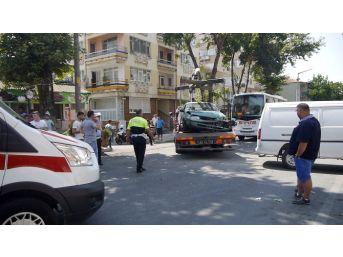 Edirne'de 3 Kişinin Yaralandığı Kaza Kameraya Yansıdı