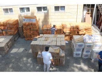Polisin Ateş Açıp Durdurduğu Kamyonda 200 Bin Paket Kaçak Sigara