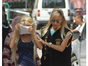 Adana'da Fuhuş Yapan Ve Yaptıran Kadın Yakalandı