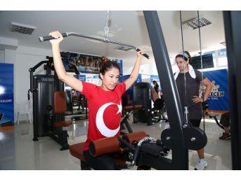 Büyükşehir Belediyesi'nden Antalyalı Kadınlara Özel Ücretsiz Fıtness Merkezleri