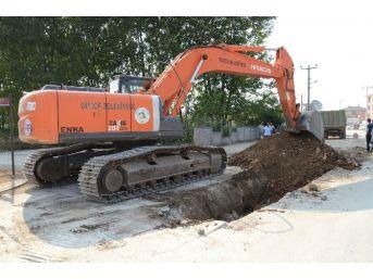Azmimilli Mahallesi'ne Yeni Kanalizasyon Hattı Döşeniyor