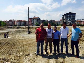Çaycuma'ya Yeni Belediye Binası İçin İlk Kazma Vuruldu