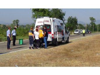Takla Atan Otomobilde Can Pazarı: 1 Ölü, 3 Yaralı
