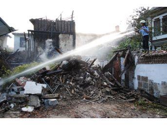 Tarihi Mahalledeki Yangınlar