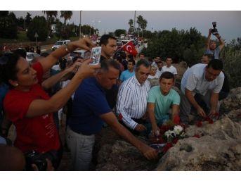 Chp Gençlik Kolları Zafer Bayramını Denizde Kutladı