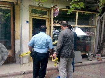Dursunbey'de 8 İş Yeri Soyuldu