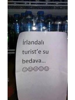 'irlandalı Turiste Su Bedava'