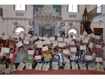 Müsiad'tan Kur'an-ı Kerim Öğrenen Çocuklara Hediye