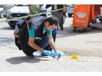 Erkek Kavgasını Ayırmak İsteyen Kadın Yaralandı