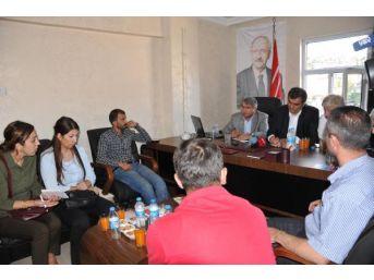 Chp'li Sağlar, Hakkari'de Basın Toplantısı Yaparken Yaralı Haberi Gelince 112'yi Aradı