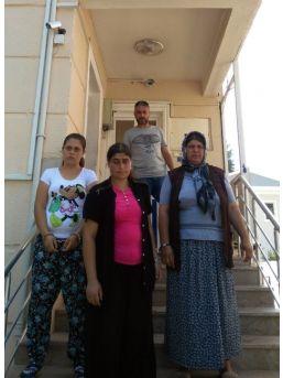Hırsızlık Şüphelisi Kadınlara Kapıda Suçüstü
