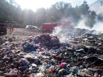 Çöp Depolama Alanında Çıkan Yangın Korkuttu