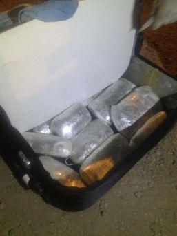 Yolcu Otobüsündeki Valizde 6 Kilo Esrar Ele Geçti