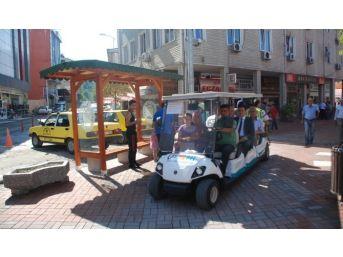 Mekik Ve Golfbüs'e Ahşap Bekleme Durakları Yapıldı