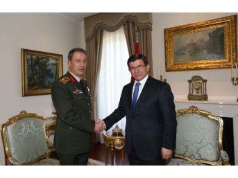Başbakan Davutoğlu, Genelkurmay Başkanı Akar'ı Kabul Etti