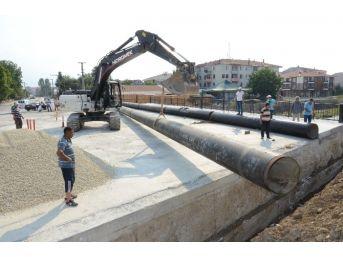Düzce'de İçme Suyu Hatlarında Genel Bakım Yapılıyor