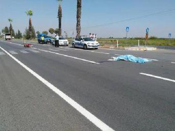 Kamyonet, Motosiklete Çarptı: 2 Ölü