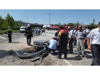 Otomobil Takla Attı, 17 Yaşındaki Sürücü Yaralandı...