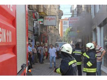 Banka Binasındaki Yangın Korkuttu