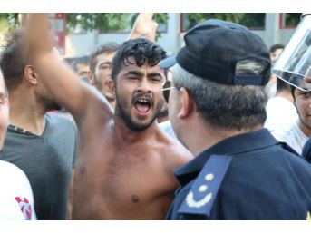 Samsun'da Gergin Yürüyüş...