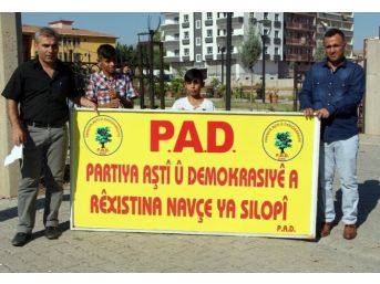 El Konulan Kürtçe Tabela Mahkeme Kararıyla Geri Verildi