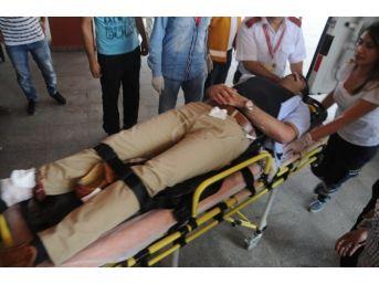 Müfettişleri Koruyan Polise Silahlı Saldırı: 1'i Polis, 2 Yaralı