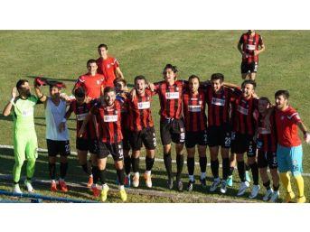 Utaş Uşakspor, İlk Resmi Maçını Kazandı!