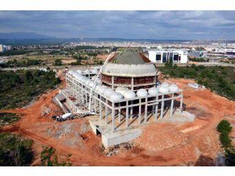 Akdeniz Üniversitesi Camii, Tomarza Taşıyla Yapılıyor