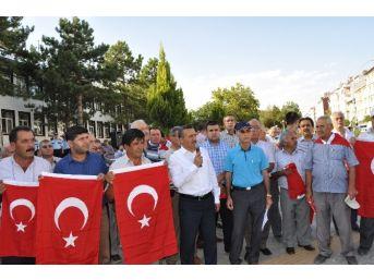 """Seydişehir'de """"her Yere Bayrak Teröre Lanet"""" Kampanyası"""
