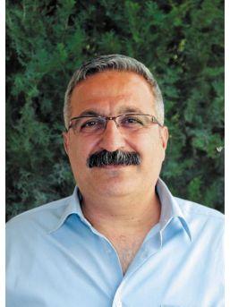 Suriyeli Polikliniğinin Şartlarının Iyileştirilmesini Isteyen Doktora 'sürgün' Iddiası