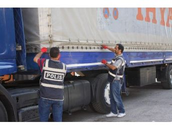 Gaziantep'te 100 Bin Paket Kaçak Sigara Ele Geçirildi