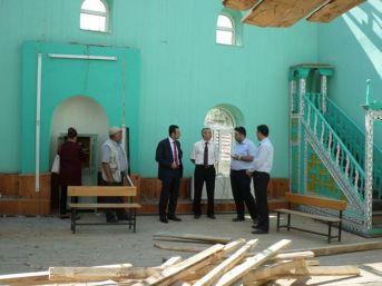 Kaymakam Akpay Cami Tadilatını İnceledi