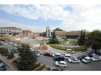 Başkan Tiryaki Belediye Binasını Da Yıkıyor