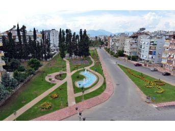 Muratpaşa 4 Parkı Hizmete Açıyor