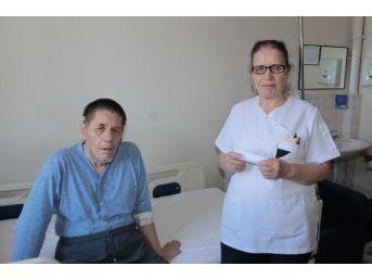 (özel Haber ) 47 Yıldır Hastanede Kalan 20 Başhekim Eskiten Hasta Öldü