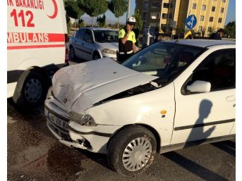 3 Aracın Karıştığı Kazada 6 Kişi Yaralandı