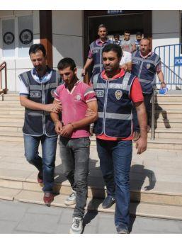 Gaziantep'Te Anne Ve Kızına Fuhuş Yaptıran 3 Suriyeli Gözaltına Alındı