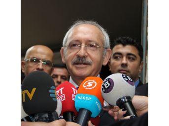 Chp Genel Başkanı Kemal Kılıçdaroğlu Saldırıya Uğrayan Ahmet Hakan'ı Ziyaret Etti