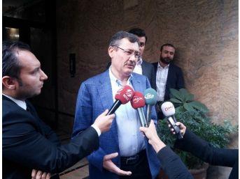 Melih Gökçek, Ahmet Hakan Coşkun'u Evinde Ziyaret Etti