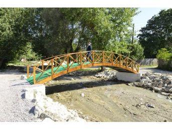 Kasaba Köyüne, Yaya Köprüsü Yapıldı