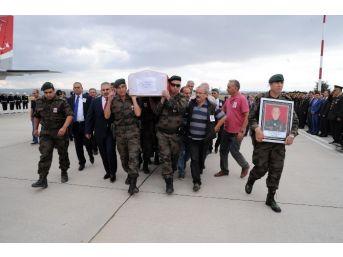 Şehit Polis Memuru Erbay'ın Naaşı Uşak'a Getirildi