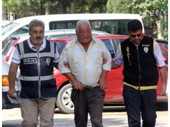 Yaşlı Adam Fuhşa Aracılıktan Yakalandı