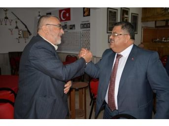 Başkan Yağcı, Cuma Namazı Sonrası Esnafı Gezerek 1 Kasım Seçimleri İçin Destek İstedi