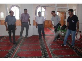 Mut'ta Camilerin Temizliğine Başlandı